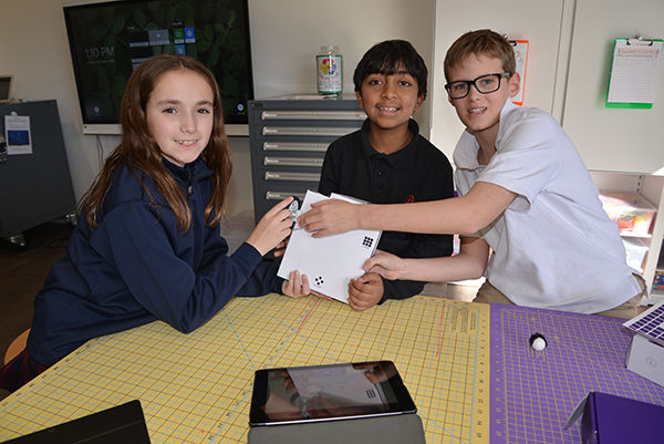 Lower School Students Celebrate Computer Science With LittleBits