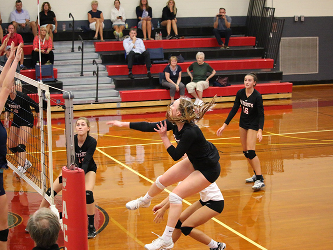 Girls Volleyball: Patriots Roll Past Springside
