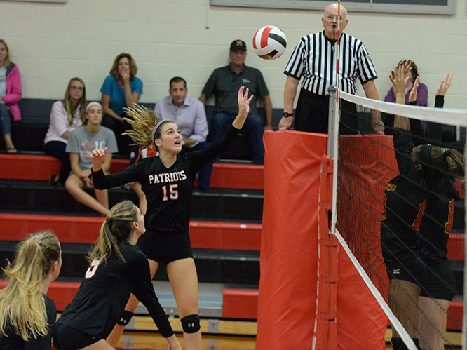 Girls Volleyball: Patriots Fly By Monarchs